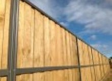 Kwikfynd Lap and Cap Timber Fencing airville